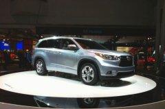 八座布局 新一代丰田汉兰达亮相纽约车展