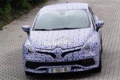 新款雷诺Clio RS谍照曝光 明年发布